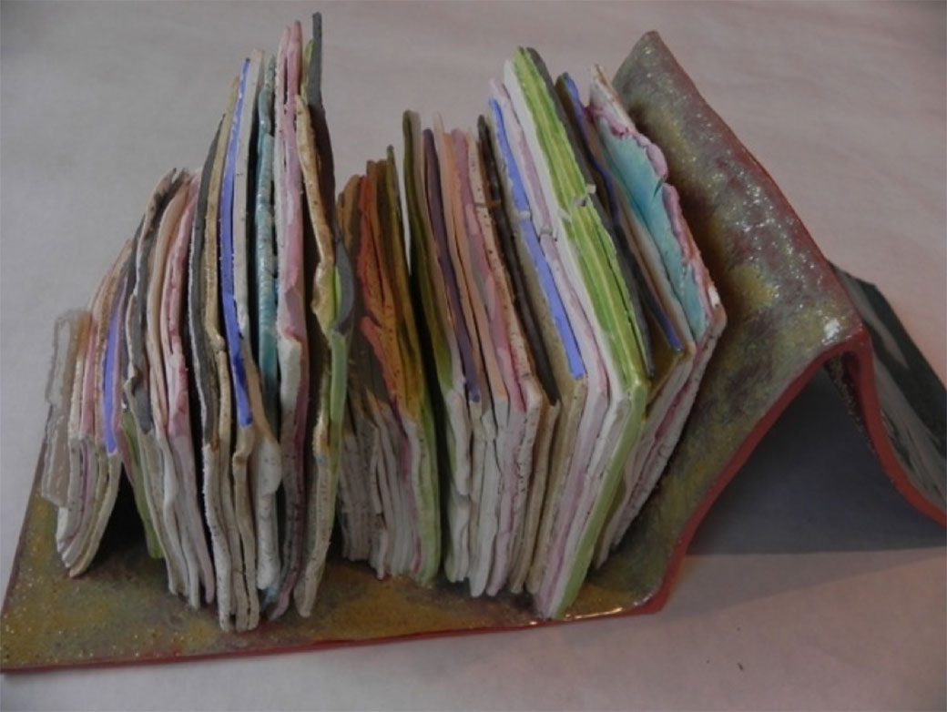 _Bookish-#2---Side-view