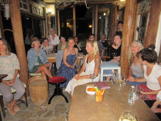 Audience at bar